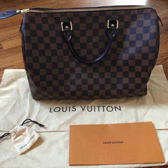 e2d94c6fe Louis Vuitton Handbags - Louis Vuitton Damier Ebene speedy 35